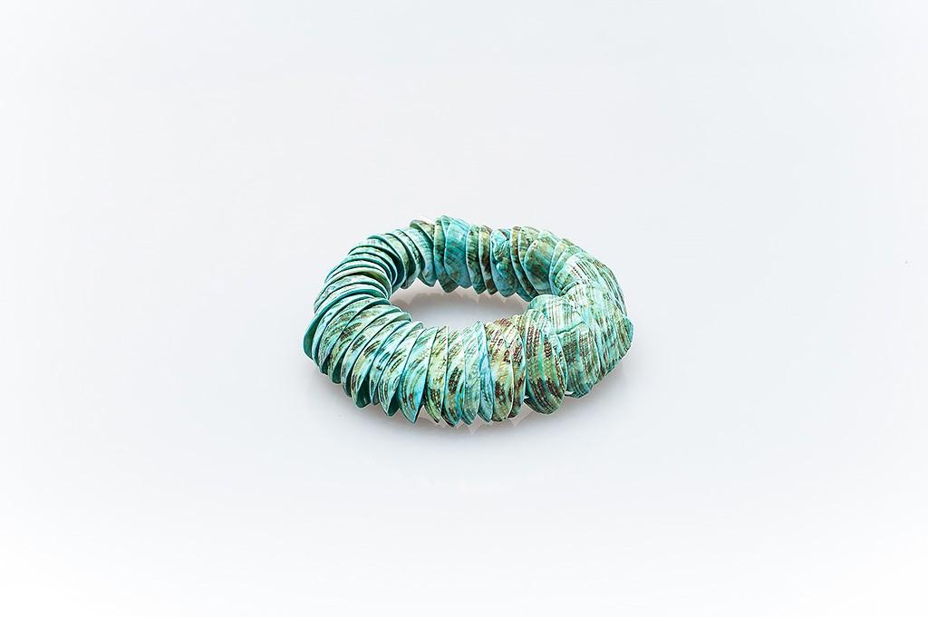 Women's bracelet made of mussel shells Marta