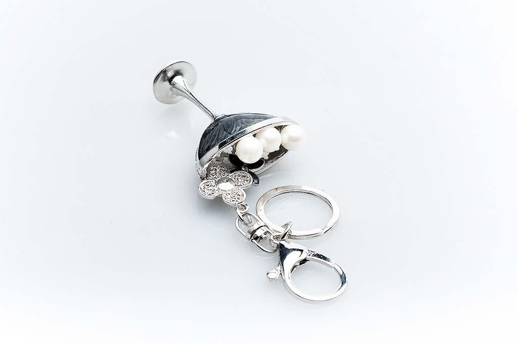 Women's keychain Silvery cup