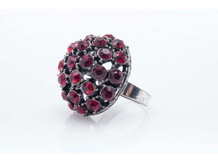 Дамски пръстен от бижутерска сплав и изкуствени камъни от бижутерска смола