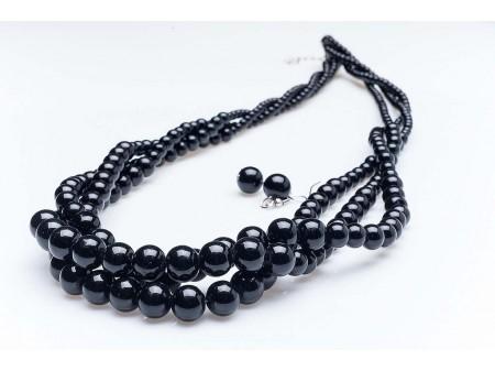 Дамски комплект от колие и обеци,изработен от бижутерска сплав и изкуствени черни перли от бижутерска смола