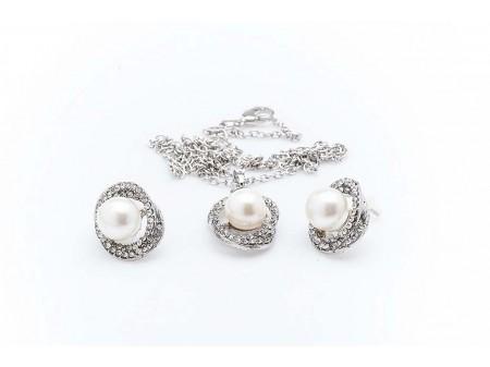 Дамски комплект от колие и обеци,изработен от бижутерска сплав и изкуствени перли от бижутерска смола